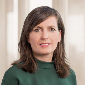 Dr. Anja Commandeur