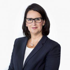 Dr. Alexandra Schluck-Amend